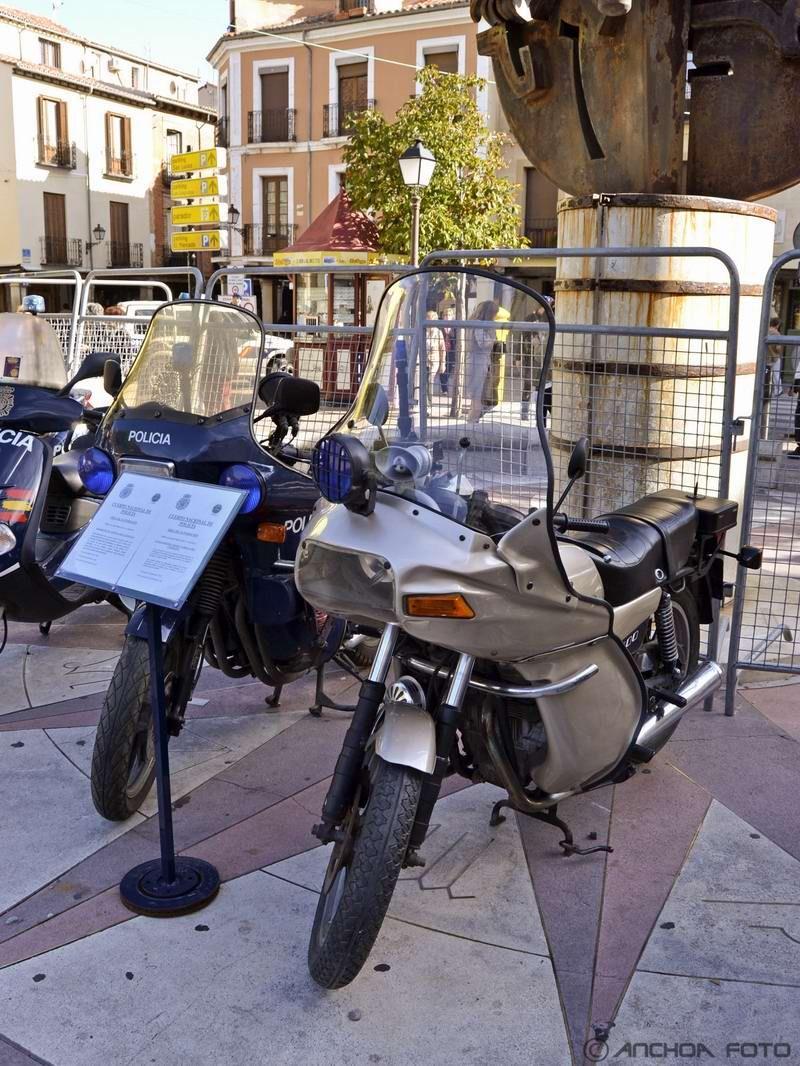 Sanglas 400 Y Bicilíndrica 1978 (Policía).