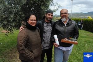 Fernando Diego y su familia, propietario del Studebaker Commander